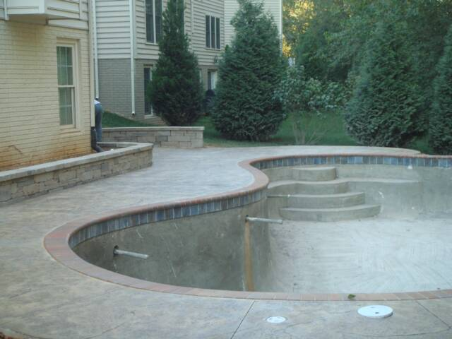 Jumbo stone texture Pool deck, Castle stone block retaining wall, Frederick, md. B&G Concrete,LLC.